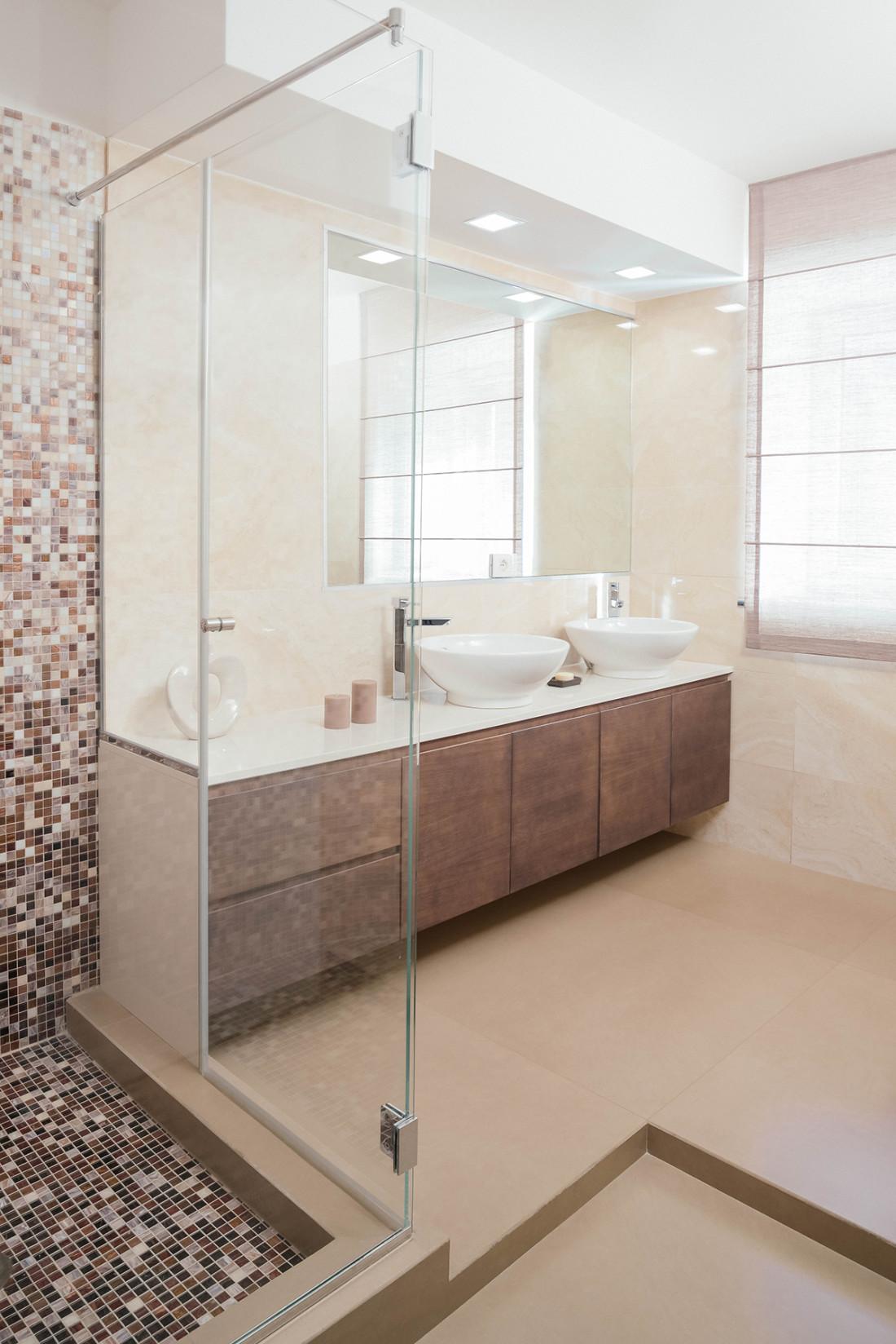 Casa_A+M Bagno, mosaico tiles, falegnameria. Manuarino Architettura. Appartamento a Monte di Procida, NA