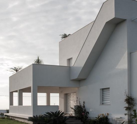 Scala esterna che porta la terrazzo superiore. Villa Passariello Monte di Procida. Architetto Napoli. Manuarino Architettura. Monte di Procida Napoli.