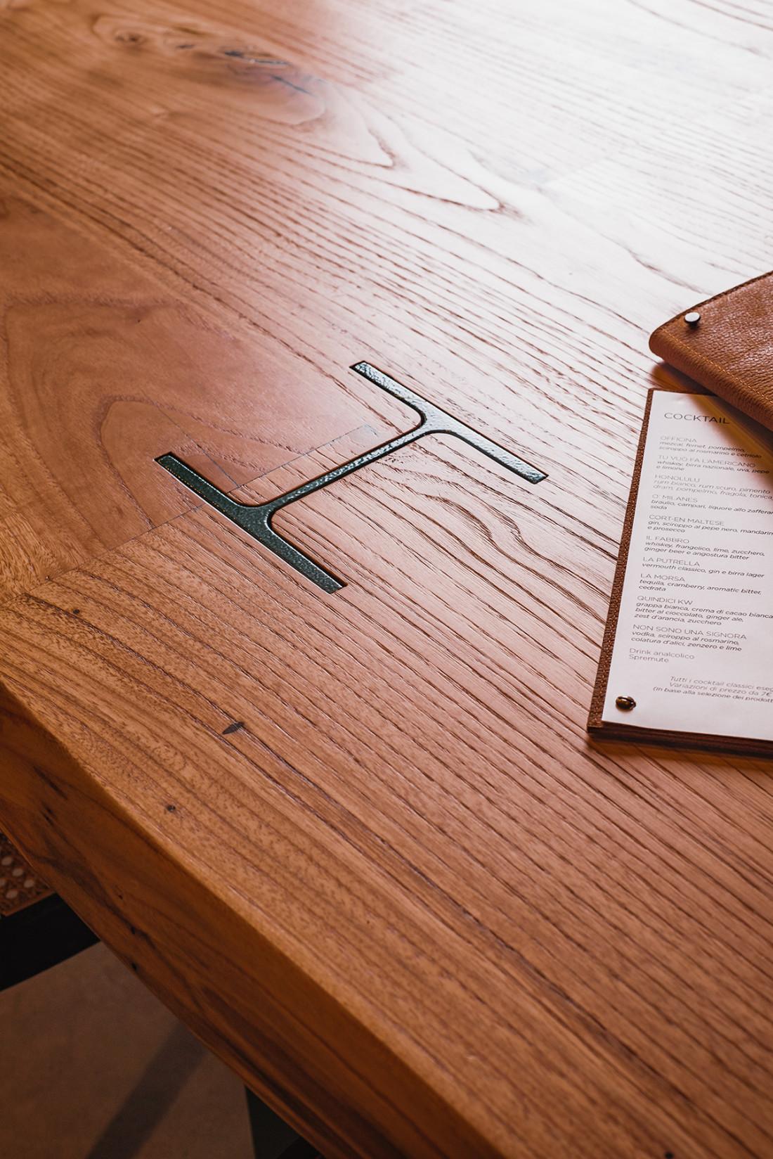 OMG-dettaglio tavolo
